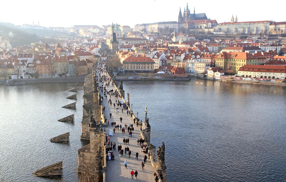 Karlsbron i Prag (Foto: Prag.se)