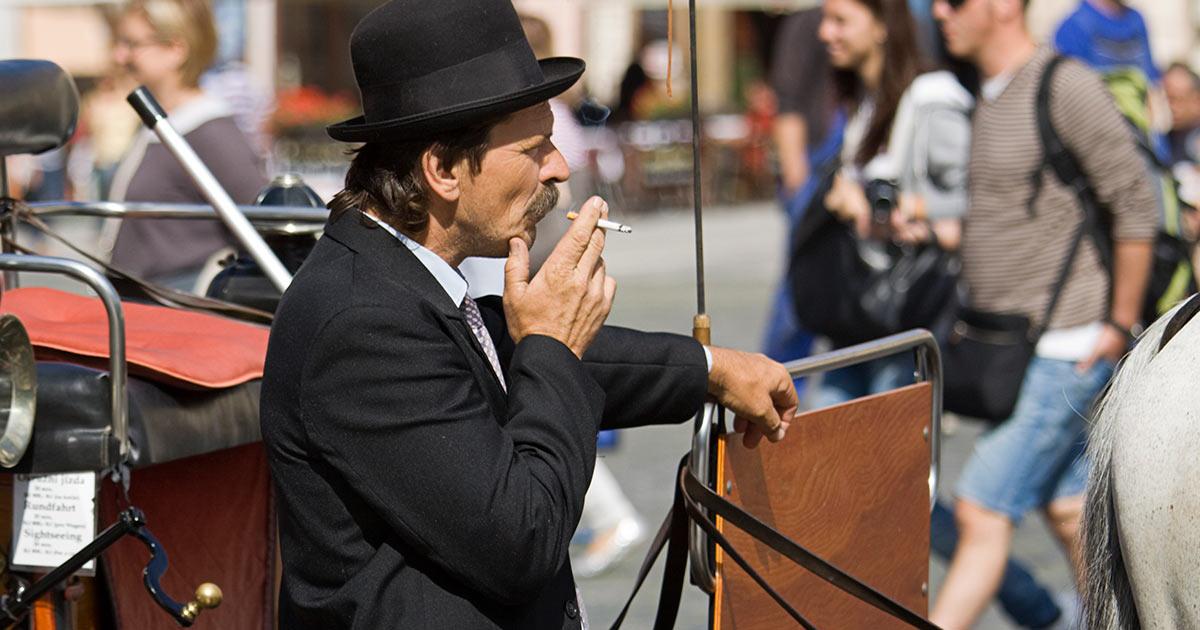 Tjeckien förbjuder rökning